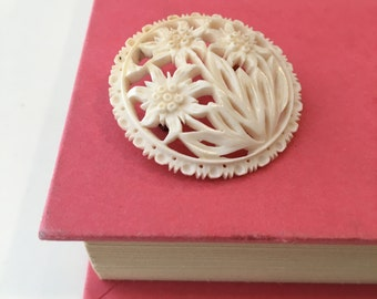 Antique Vegetable Ivory Flower Brooch / Filigree Brooch / Dome Pin / Ivory Flower Pin / Bohemia