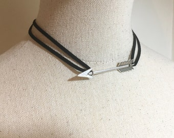 Silver Arrow Choker, Black Adjustable Suede Chocker, Double Wrap Leather Necklace, Leather Cord with Large Arrow Boho Tribal Style Pendant