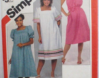 Simplicity 5921 Overnight Success Sewing Pattern - Pullover Dress and Sash - Sizes 16-18, Bust 38-40