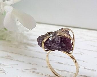 Raw Ruby Ring, Raw Gemstone Ring, Ruby Ring, Raw Ruby Jewelry, July Birthstone Ring, Rough Ruby Ring, Ruby Birthstone, Statement Ring