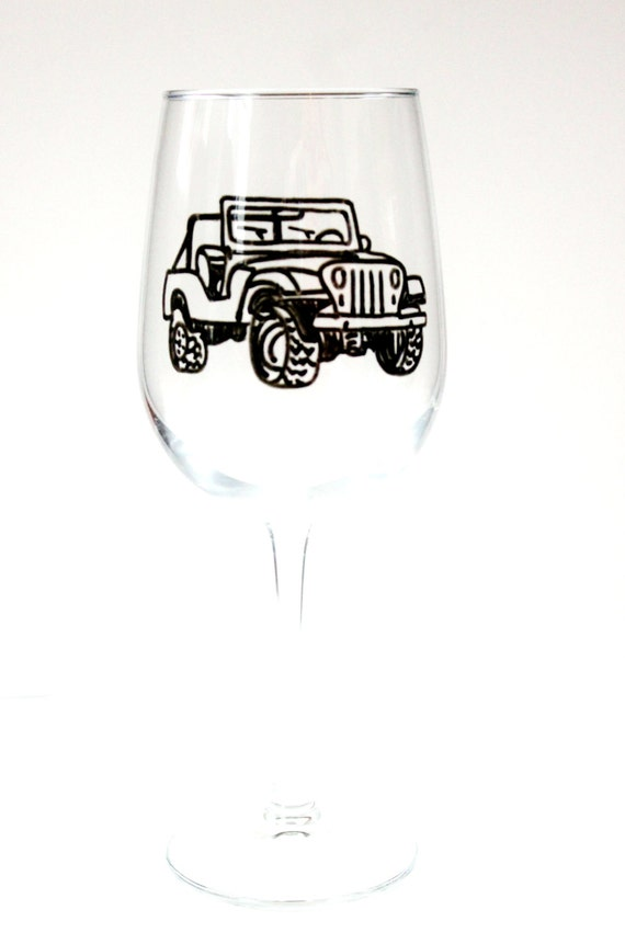 Vintage Jeep Wine Glass, Painted Wine Glasses, Jeep Wrangler, Hand Painted Wine Glasses, Jeep Wrangler Accessories, Wine Gift