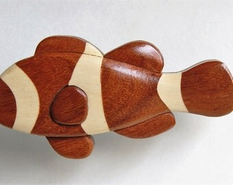 Clownfish Intarsia Wooden Magnet Wood Carving Fish Ornament Sealife Decoration Tropical Coral Decor