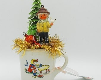 Vintage Christmas Holiday Tabletop Decor-Little Bird Boy in Mary Had a Little Lamb Cup