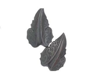 Filigree Leaf Leaves Medium in Black Brass Stamping Jewelry Making Supply Qty 2 Made in the USA