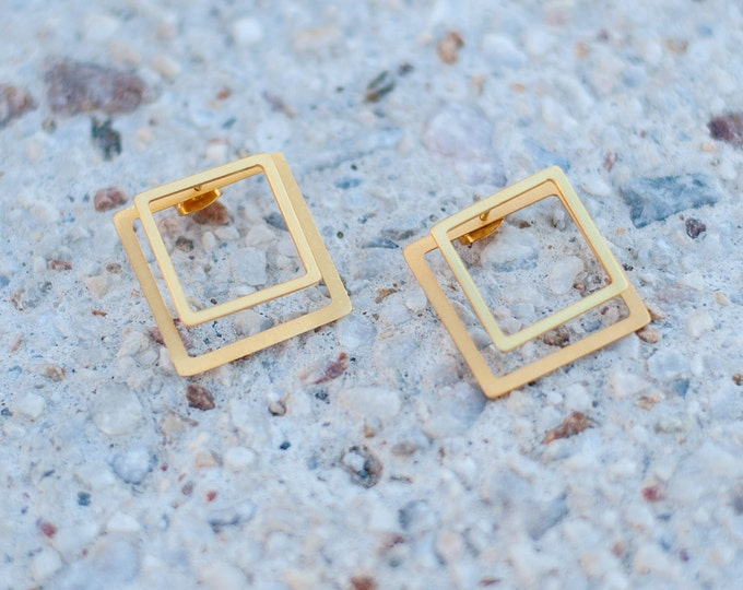2 Dimensional Square gold-plated bronze earrings Geometrical ear jackets easy to wear Minimal Elegant formal informal available in silver