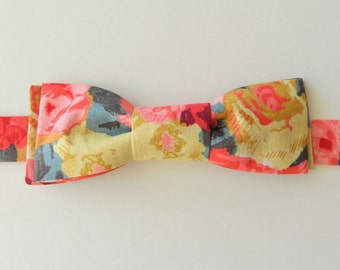 Liberty of London Roses Adjustable Bow Tie // Cotton Lawn