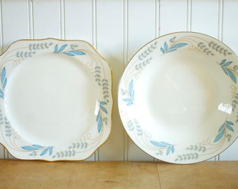 Vintage 1940's/50's Homer Laughlin Eggshell Nautilus Blue Floral Gold Trim Plates + Bowls Set 23pc