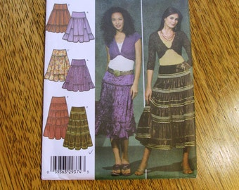 BOHO Gypsy Skirt / Tiered, Gored Ruffle Skirt / ATS Belly Dance Skirt - Plus Size (14 - 22) - UNCUT Sewing Pattern Simplicity 4331
