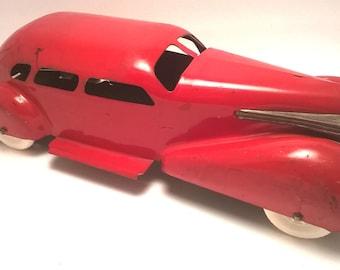 Vintage WYANDOTTE 1938 Cadillac Lasalle Sedan Pressed Steel Antique Toy Car Red