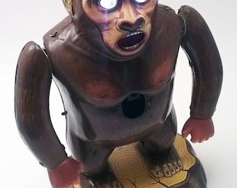 Vintage MODERN TOYS King Kong Tin Toy Lithograph Target Gorilla Ape Battery Operated Made in Japan