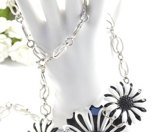 Retro Vintage Upcycled Brooch/Earring Necklace