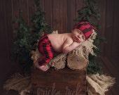 Lumberjack baby outfit - Modern baby leggings and hat - Baby leggings and top knot hat - Buffalo plaid baby - Newborn leggings