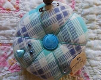 Primitive Vintage Fabric Pin Cushion Ornament Pin Keep