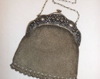 Antique Victorian large chainmail handbag bag silver mesh metal purse with floral repousse frame in excellent condition