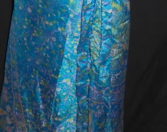 Vintage Reversible Wrap Skirt Ties Around The Waist Step In Style One Size 100% Silk Blue Flowers