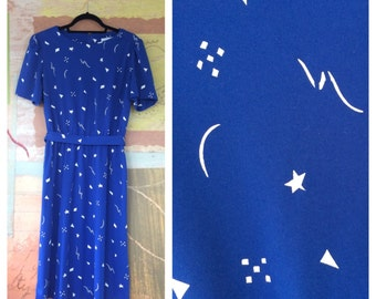 70s Blue & White Dress Large • Vintage Summer Dress •  Star and Moon Dress  • Abstract Dress • Vintage Sherri Lynn Dress •  Scoop Neck Dress