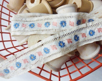 """Italian Embroidery Trim with Flowers and Leaves from the 60s, Floral Ribbon Trim with Ladder Stitching 25"""" x 1"""""""