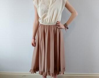 1970s day dress, 70s dress earth tones, neutral tones dress, midi dress, size small