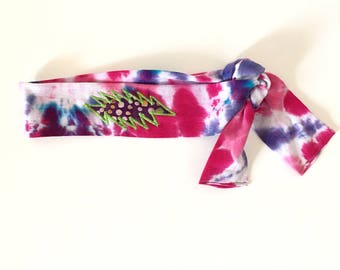 Purple and pink tie dyed Grateful Dead headband with batik 13 point bolt applique - Hand tie dyed and appliqued - Hippie headband  Patchwork
