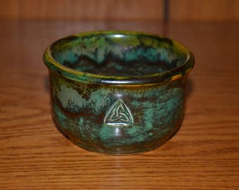 Mossy Green Cup/Bowl with Trinity Knot