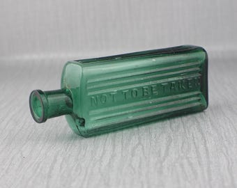 Vintage Green Glass Medicine Not To Be Taken Poison Bottle Apothecary