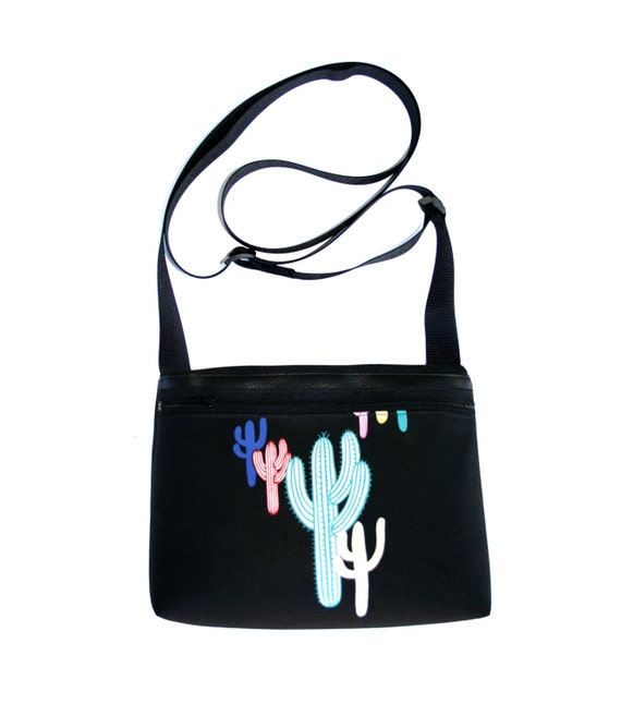 Cactus, boxy cross body, vegan leather, zipper top