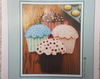 Hot Cakes!  Cupcake Oven Mitts by Susie C Shore Designs