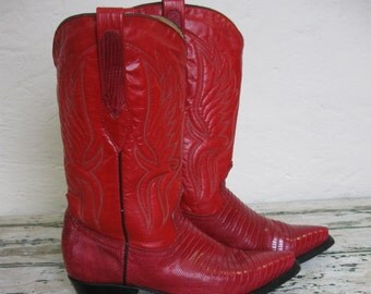 Red Leather// Lizard// Cowgirl Boots// Corral// made in Mexico