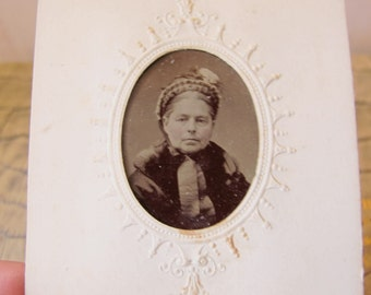 19th Century Photography Portrait, 1800's Photo Tintype Pic Daguerreotype Wet Plate Era. VICTORIAN PHOTO Portrait. Grand Dame Lady Woman Pic