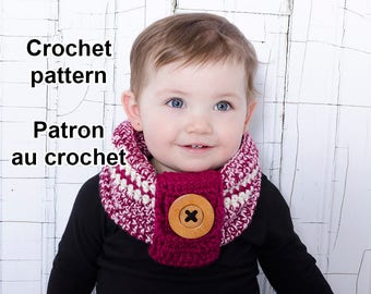 Pattern only! Baby cowl crochet pattern by Akroche Tatuk (english and french).