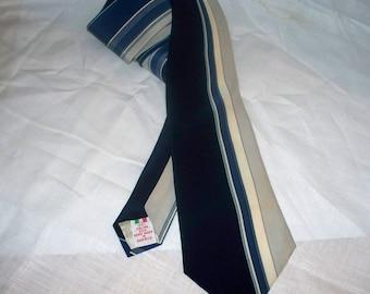 Vintage Christian St. John Ltd Men's Tie  - Graphic Print - 100% Silk - Made in USA