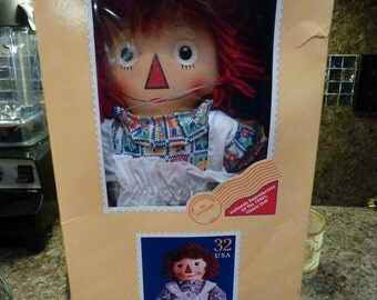 Applause Raggedy Ann Commemorative Stamp Doll