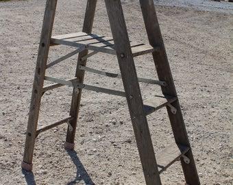 Specialty Platform Step Vintage Wood Ladder (plat02)