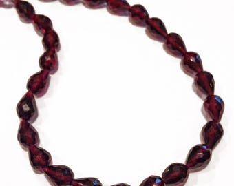 Garnet faceted teardrops, length-drilled.   Select a size:  7.25mm - 8.5mm.