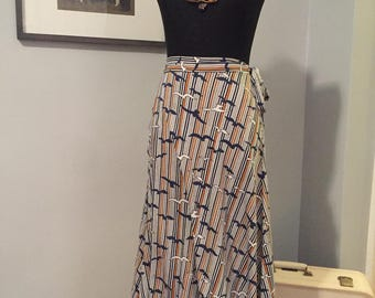 1970's Wrap Skirt with Seagull Print
