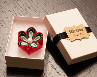 Red, Green and White Kanzashi Flower Lapel Pin with White Pearl, Bulgarian Flag Lapel Pin, Flag Lapel Pin