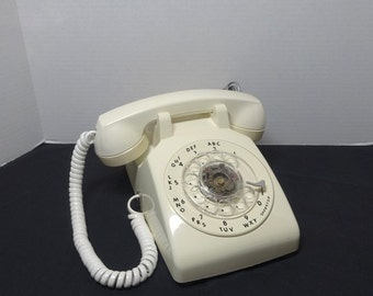 1982 Vintage Rotary Dial Telephone, Ivory, ITT Body & Stromberg-Carlson Hand Piece, Removable Cords, Vintage Dial Phone, Vintage Technology