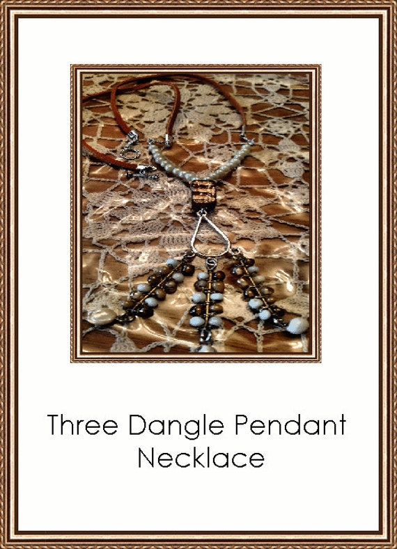 Three Dangle Pendant Necklace