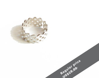 Sterling silver lace ring, silver ring, Statement ring, Lace ring, stacking ring