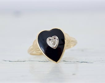 Heart Shaped Black Onyx Ring | Art Deco Ring | 10k Yellow Gold Ring | Gemstone Ring | Romantic Jewelry Gifts For Her | Sweet 16 | Size 8.25