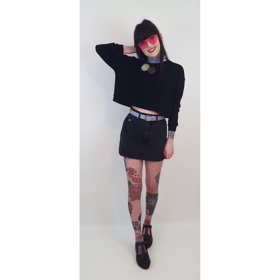 90's Sun Patch Crop Sweater - Small Medium Cropped Long Sleeve Tee with 2 Vintage Patches - Black 1990s Grunge Style Boxy Crop Sweater