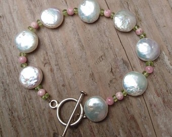 Vintage coin Pearl and coral bead bracelet