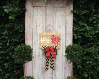 Valentines day decor, Valentine Door Hanger,Valentine Wreath,Valentines Decor,Valentine Door decor,Valentine Rustic Wreath,heart door hanger