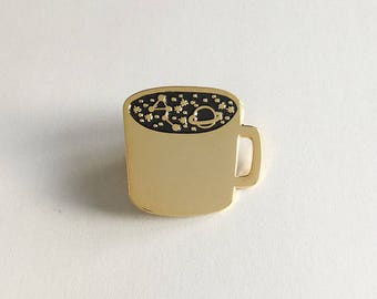 Cup of Cosmos | Enamel pin, pins, badge, pingame, gold, black, label pin, cup, mug, coffee, galaxy, universe, stars, heaven, stylish, planet