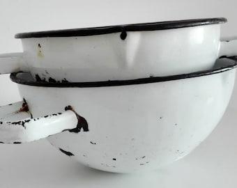 Vintage 70s white enamel metal bowls, pharmacy enamel bowl, enamelware, pharmaceutical laboratory bowl, collectible bowl
