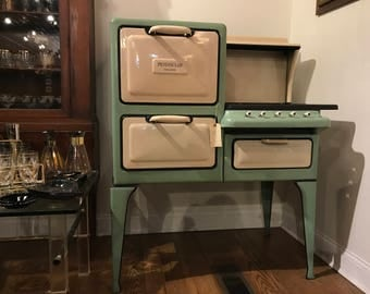 1920s Peninsular Insulator Enamel Double Electric Oven and Gas 4 Burner Range, Refurbished and WORKING Stove! A True Beauty!!