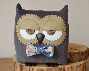 "Owl Cushion, Owl Pillow, Owl Gift, Plush Owl, Owl Decor, Decorative Owl (Charcoal Grey with Custom Bow Tie) - ""Terry the Owl"""