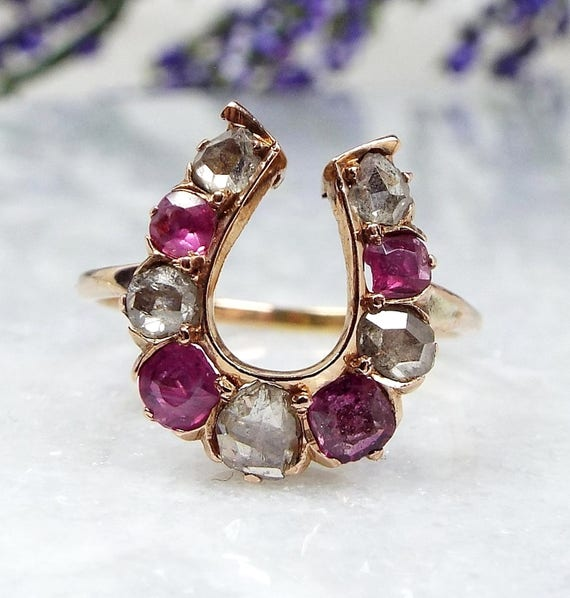 Antique Victorian 18ct Gold Rose Cut Diamond & Ruby Lucky Horseshoe Ring Size K