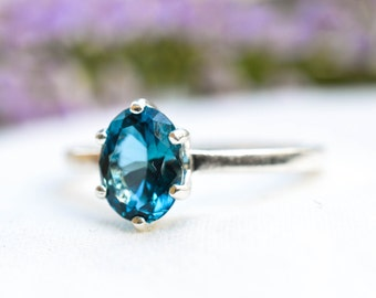 Natural Blue Topaz Oval Ring in 925 Sterling Silver *Free Worldwide Shipping*