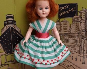 "Vintage Suzy Walker 8"" 1950s doll - A rare vintage doll"